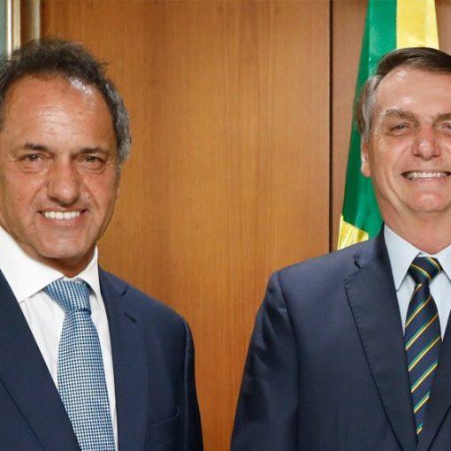 """[DIPLOMACIA] Daniel Scioli hizo un balance de su gestión como embajador en Brasil. """"Aprendí muchas cosas. Como que banana nao tein carozo ma..."""